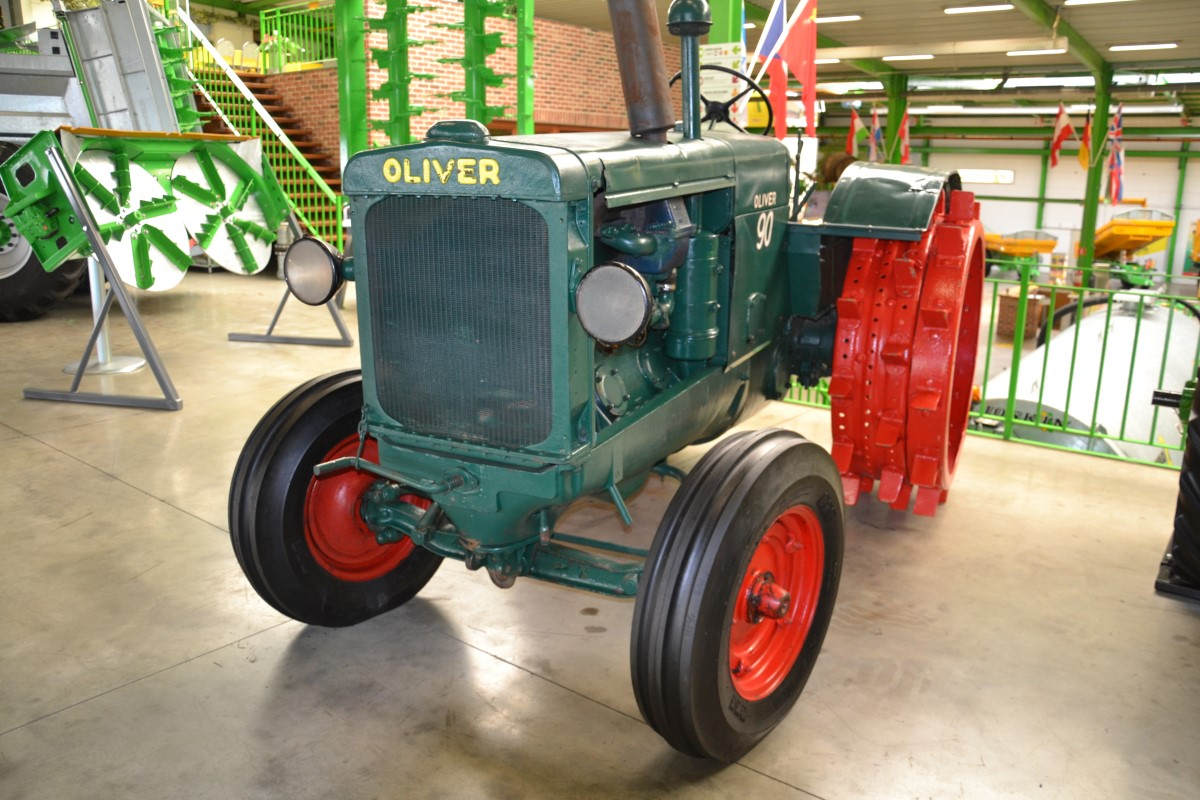 Tracteurs (->58kW) jusque 79ch Oliver Oliver 90