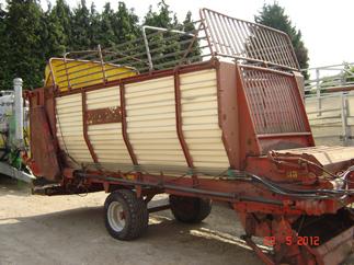 Loading wagons Strautmann LBF 262