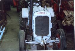Tracteurs Renault AFV H 320