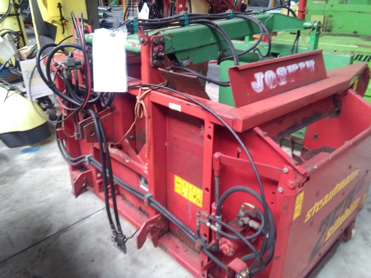 Silo unloaders / Fodder mixing wagons Strautmann Siloblitz 250 KD