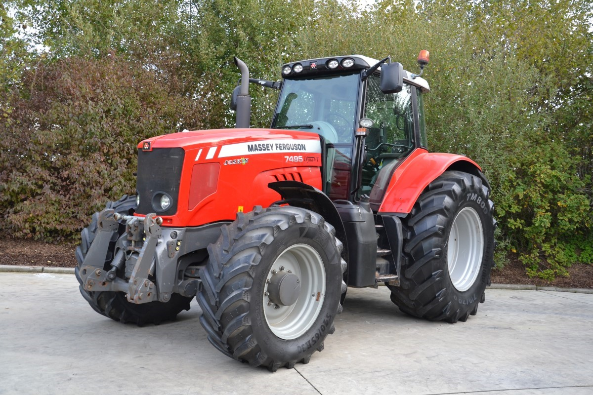 Tractors (89kW and more) from 120hp Massey Ferguson 7495