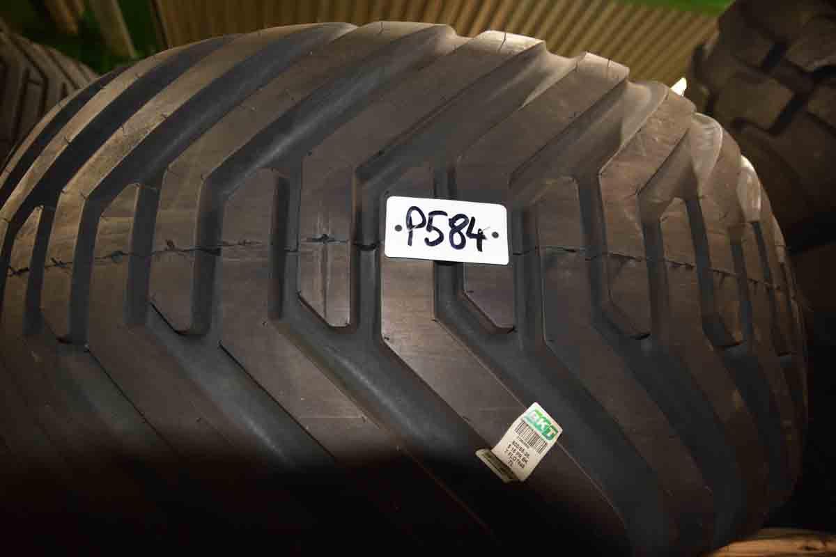 Tyres BKT 600/55-26.5