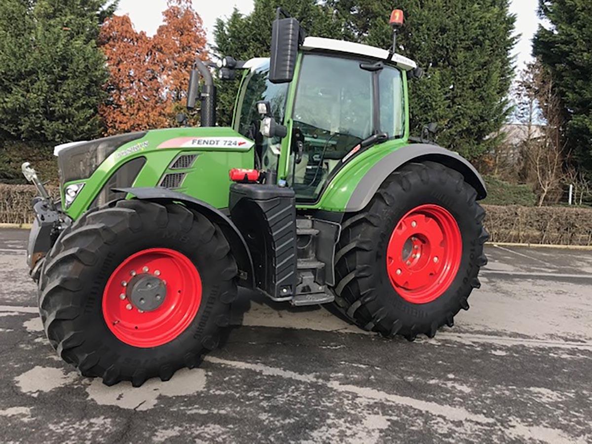 Tracteurs (89kW et plus) 120ch et plus Fendt 724 Variio S4