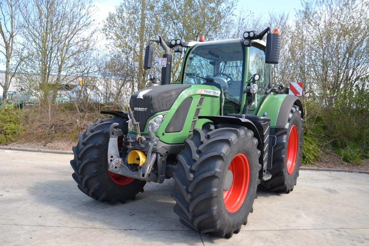 Tracteurs (89kW et plus) 120ch et plus Fendt 718 Vario SCR