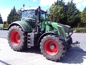 Tracteurs (89kW et plus) 120ch et plus Fendt 828