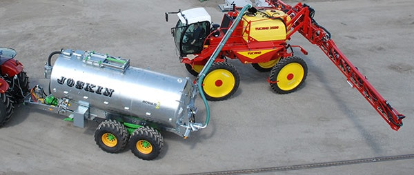 4'' arm to unload water into large sprayers