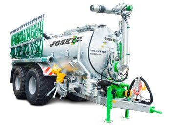 Compact tanker with large volume specially developed to use a volumetric pump